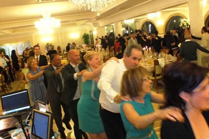 Balli di gruppo matrimonio per far ballare gli invitati