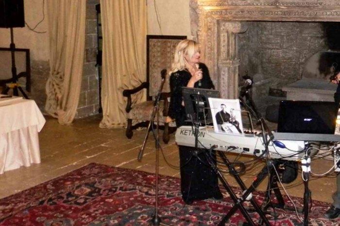 Cantante matrimonio Castello Monaci