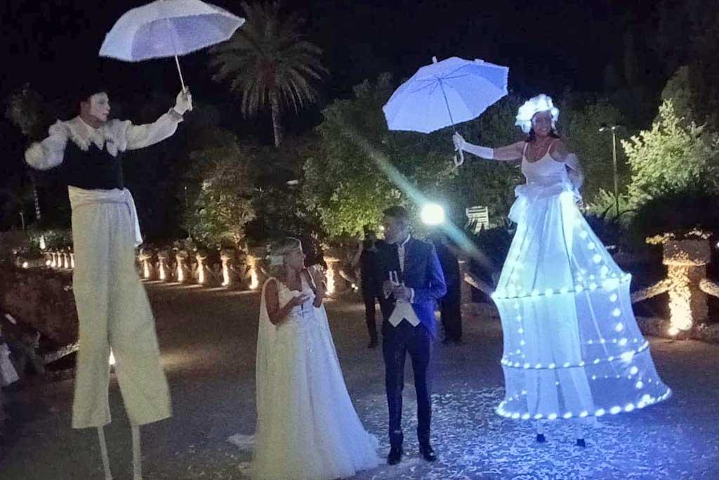 Spettacolo trampolieri matrimonio Puglia