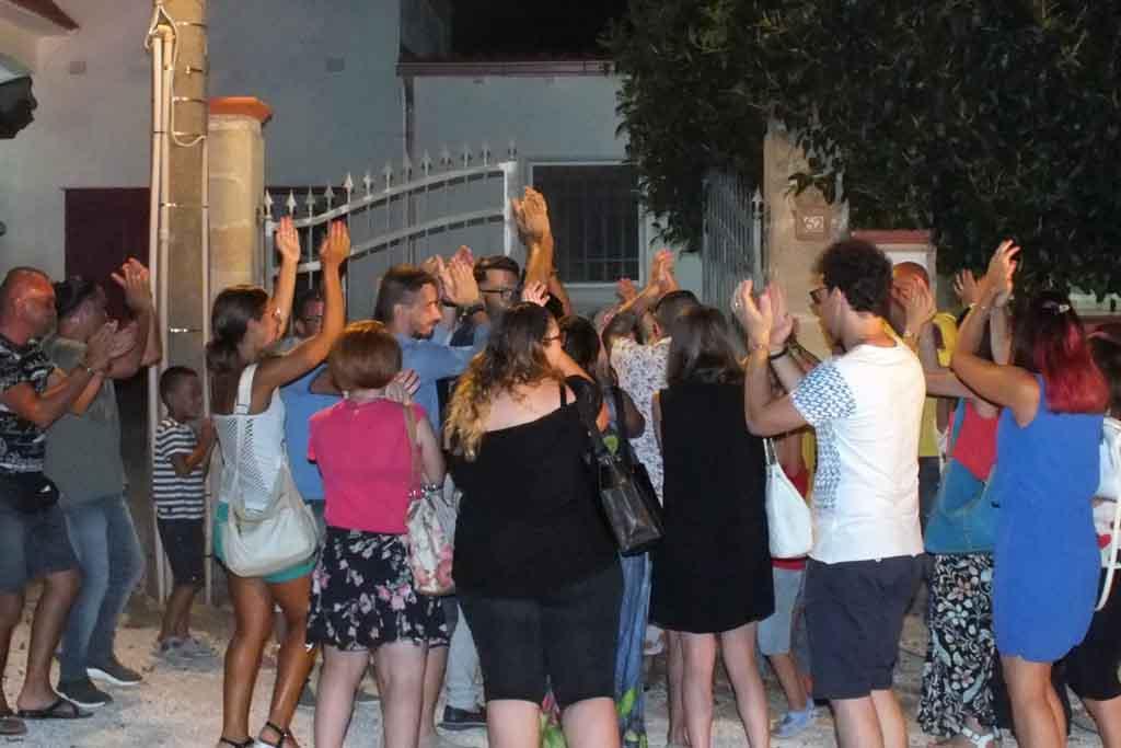 Musicisti serenata Manduria Taranto
