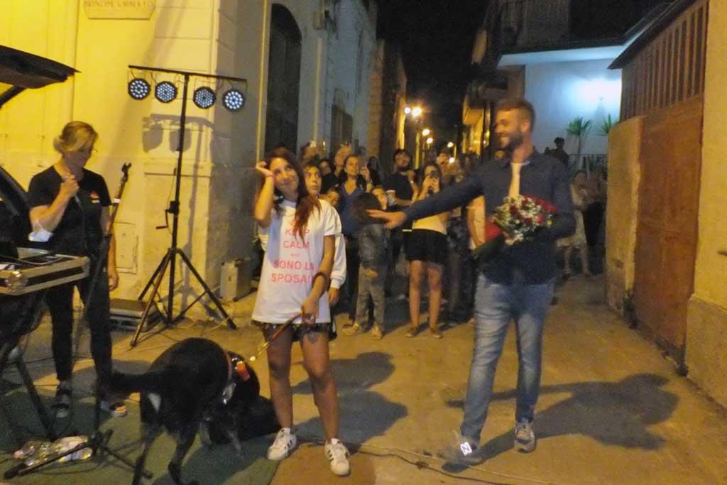 sorpresa dello sposo a Bari Palese