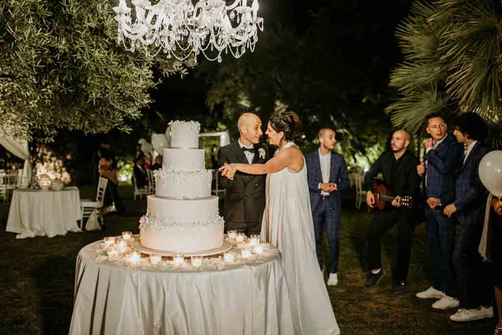 Masseria Montalbano Taglio torta sposi